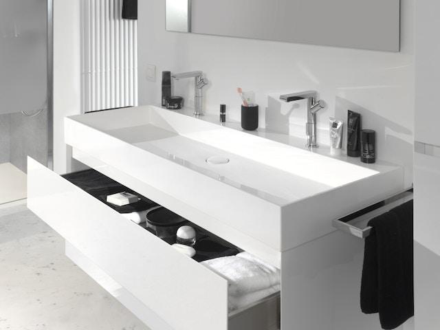 badkamer badkamermeubel lades kast wastafel lavabo kranen