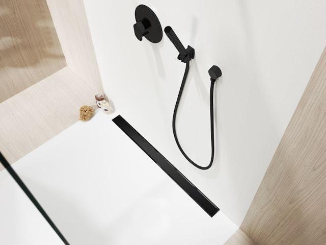 douche douchegoot zwart Showerline Standaard Solid Black Editio zwarte douchegoot