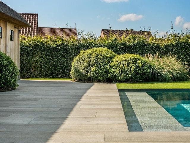 terras zwembad batibouw tegels