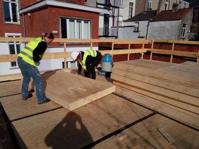 Panneaux de bois pour le toit du pavillon Ugent