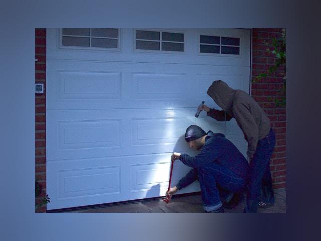 garagepoort inbraakbeveiliging