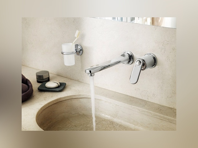 salle de bain robinet