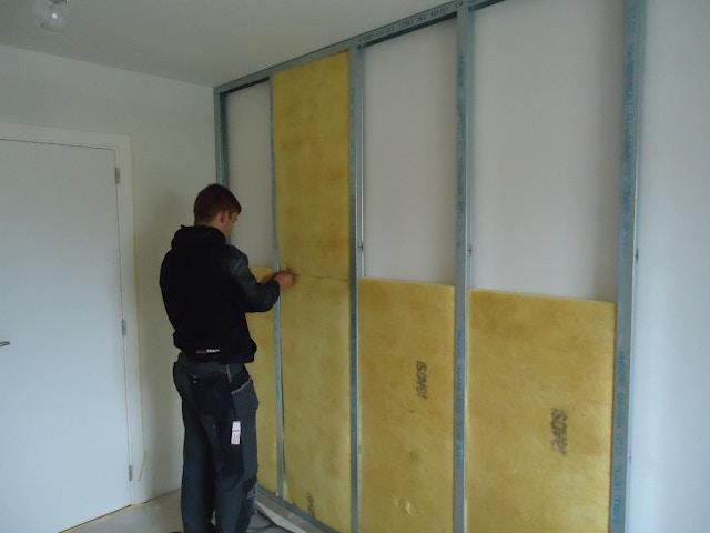 isolatie muur muurisolatie binnenmuur akoestische isolatie wand glaswol Isover Gyproc Soundblock - 1 (1024x768)