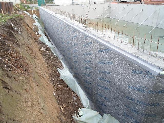 isolatie muur muurisolatie isoleren kelder XPS Styrodur noppenfolie Delta Terraxx.JPG