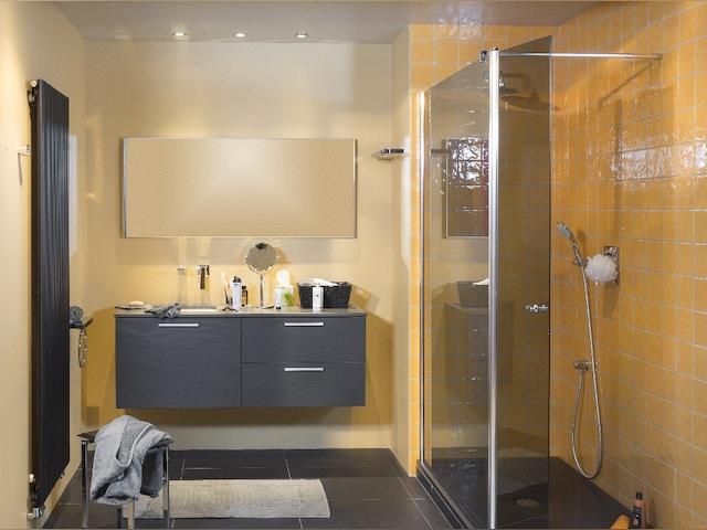 badkamer douche wastafel lavabo kraan badkamermeubel