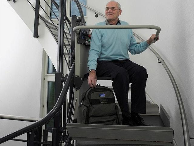 plate-forme monte-escalier